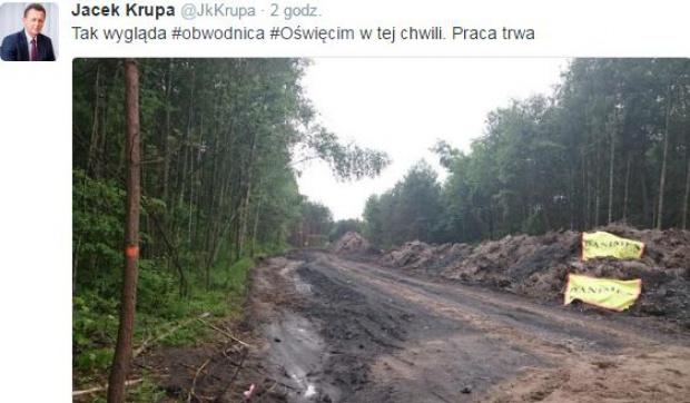 Marszałek poinformował o budowie na twitterze
