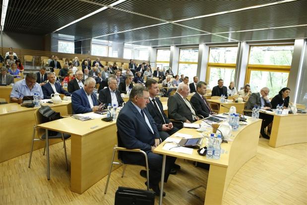 Opolskie: Transport ma być szybszy, wygodniejszy i bezpieczniejszy