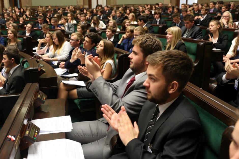 Zalewska: Rada ds. młodzieży i dzieci powstanie przy MEN