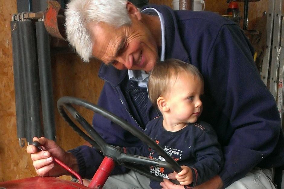 Emeryci wydali miliardy na dzieci i wnuki