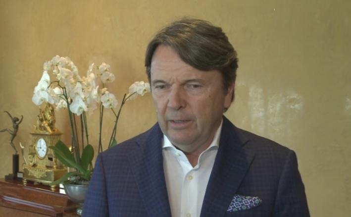 Politycy kłócą się jak zwaśnione małżeństwo - mówi Zbigniew Jakubas (fot.newseria.pl)