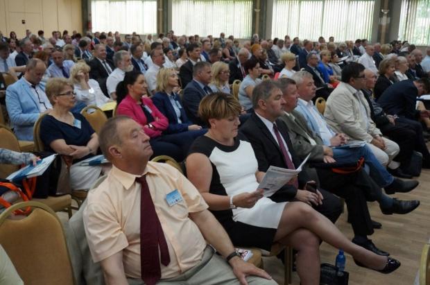 Samorządowa debata oświatowa zorganizowana przez 6 organizacji samorządowych odbyła się 2 czerwca (fot.zmp.poznan.pl)