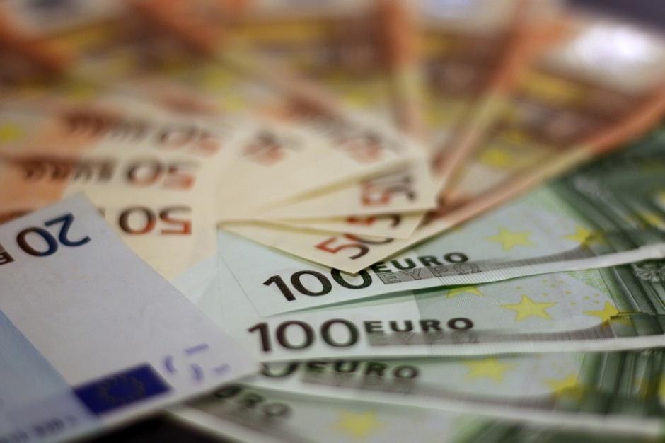 Mazowieckie, RPO 2014-220: Pierwsze umowy na dofinansowanie projektów ze środków unijnych podpisane