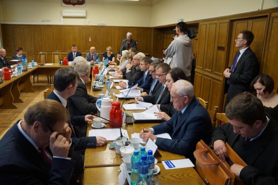 Jawne głosowanie radnych od teraz w powiecie wodzisławskim