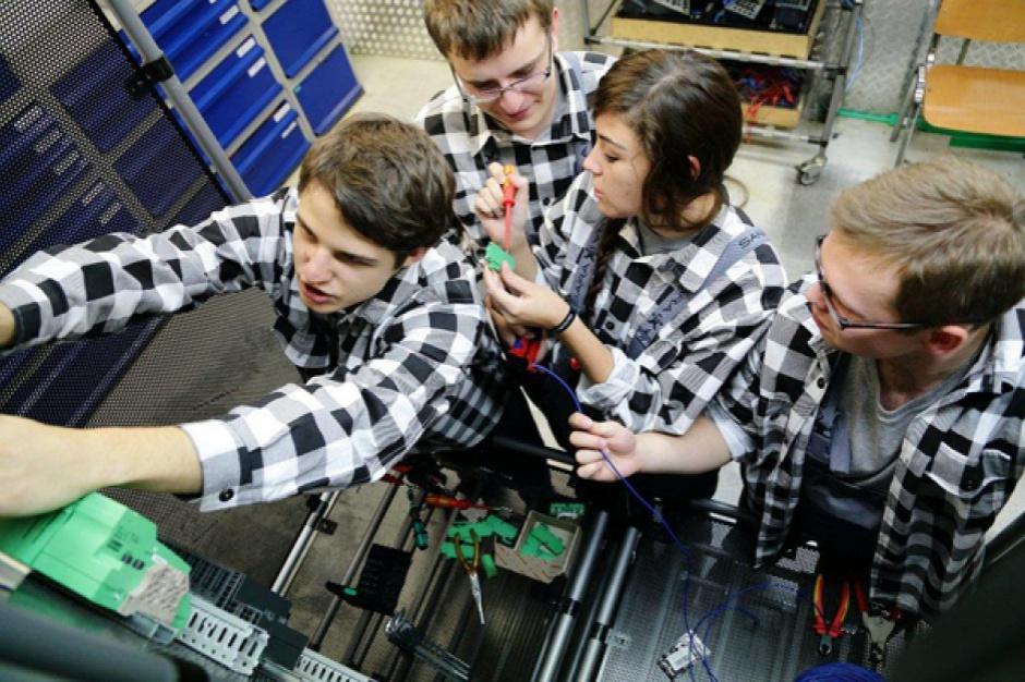 Nabór wniosków, konkurs Kształcenie i szkolenie zawodowe dostosowane do potrzeb zmieniającej się gospodarki