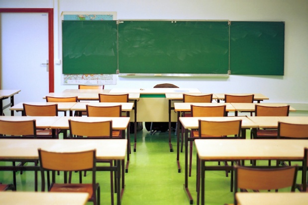 Tysiące nauczycieli do zwolnienia. Niż i reforma zrobią swoje