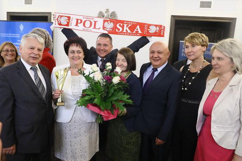 """Konkurs """"Sołtysi Roku 2015"""" rozstrzygnięty, statuetki wręczone"""