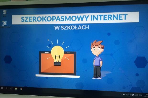 Od września 2016 r. realizowany ma być pilotaż programu dotyczący wprowadzania programowania do szkół w formie innowacji pedagogiczne (fot.men.gov.pl)