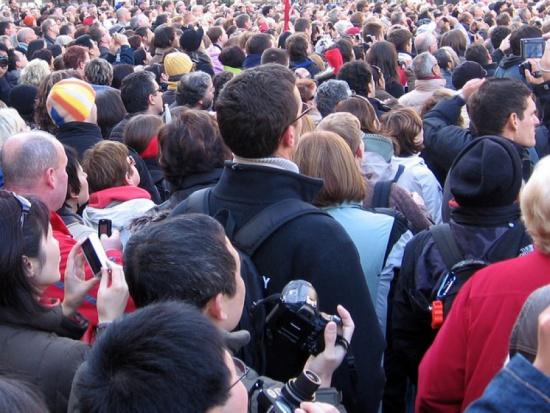 Ustawa podpisana: m.in zakaz spontanicznych zgromadzeń w stolicy
