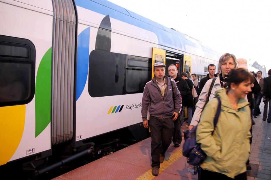 Koleje Śląskie zmieniają cennik biletów, a prezes pisze list do podróżnych