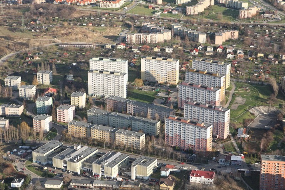 Mieszkania komunalne: umowy na czas określony i kontrola zarobków
