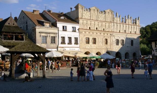 Kazimierz Dolny. Rusza Festiwal Kapel i Śpiewaków Ludowych