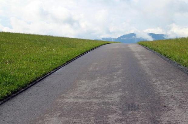 Gmina najpierw przejmuje grunty, potem decyduje o drogach