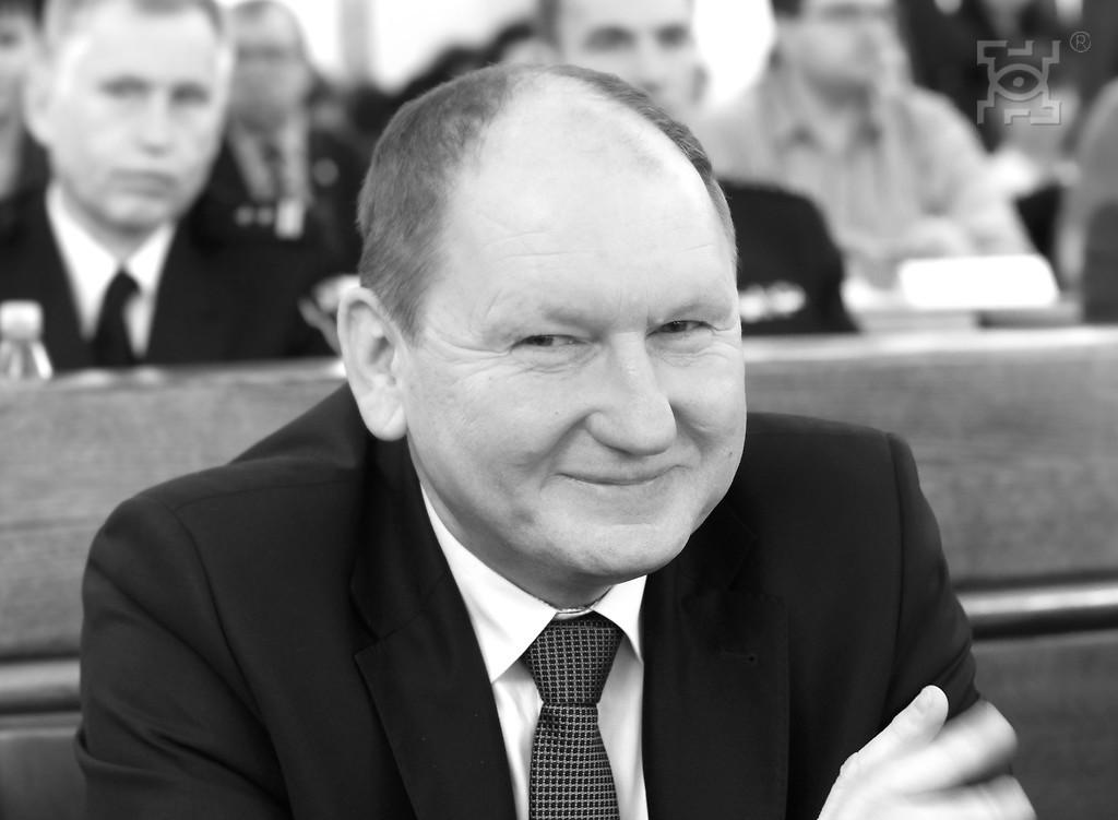Po walce z chorobą zmarł Wojciech Krakowski, radny Rady Miasta Lublin. Na sesji 27 czerwca uczczono pamięć o radnym minutą ciszy (fot. lublin.eu)