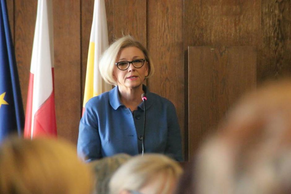 Gronkiewicz-Waltz wróżką? PiS nie planuje wcześniejszych wyborów samorządowych