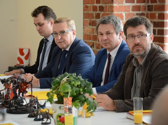 Łatwiejszy dostęp do środków Dolnośląskiego Funduszu Rozwoju zapewni sieć lokalnych pośredników finansowych (fot.dolnyslask.pl)