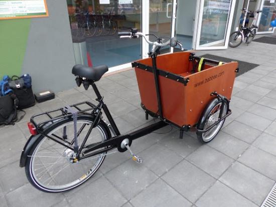 W Lublinie ruszyła społeczna wypożyczalnia rowerów transportowych