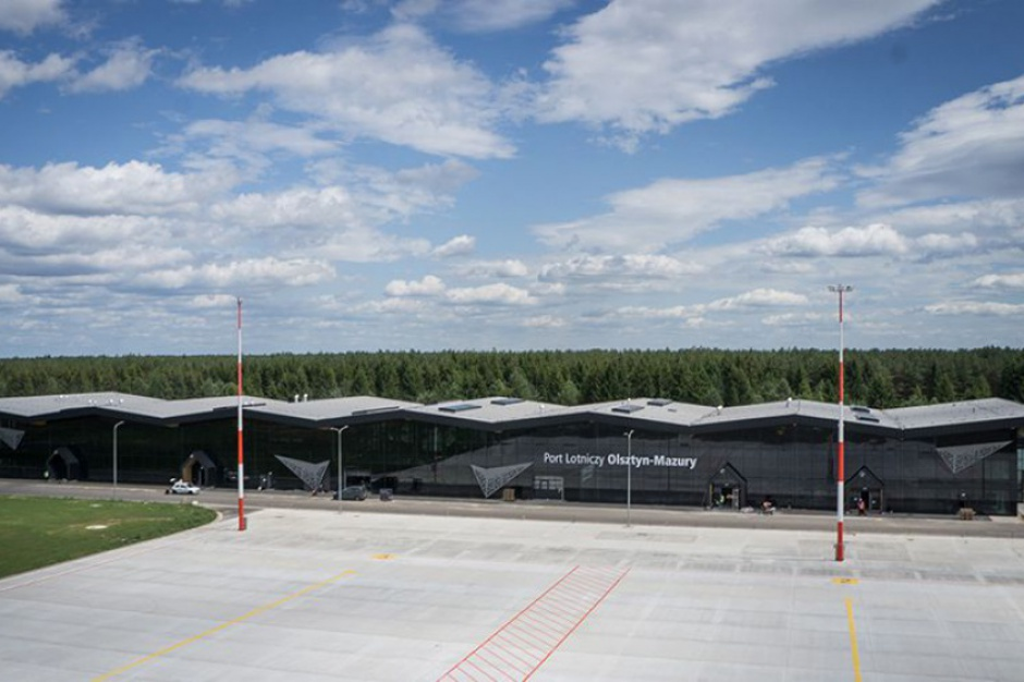 Port lotniczy w Szymanach obsłużył 10 tys. pasażerów