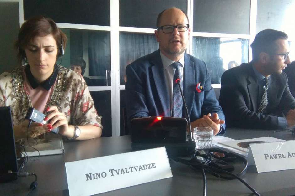 Paweł Adamowicz: Prezydent Gdańska napisał raport dla UE