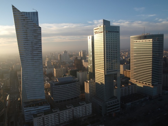 Warszawa: jest Biała Księga reprywatyzacji stołecznych nieruchomości