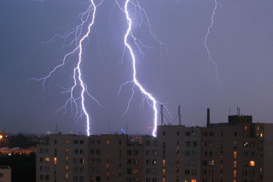 Ubezpieczenie od szkód wywołanych siłami natury. Na co mogą liczyć samorządy?