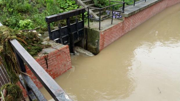 Nowe prawo wodne. Mariusz Gajda: Ustawa będzie zapobiegać powodziom i podtopieniom
