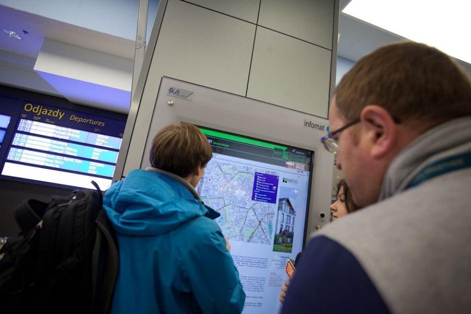 Światowe Dni Młodzieży, pociągi: Na dworcach PKP w Krakowie powstaną strefy dla pasażerów