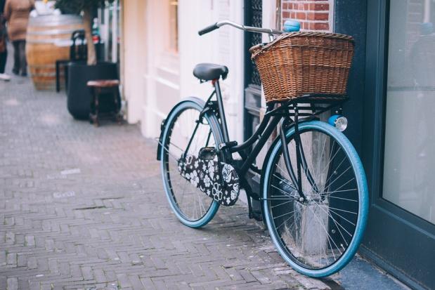 Rowery nowej generacji wjadą do Krakowa później