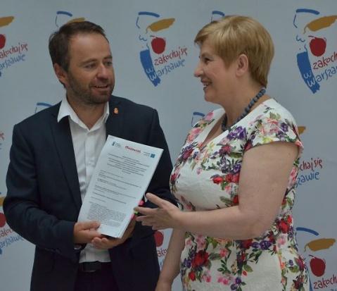 Samorząd Mazowsza dofinansuje system ostrzegania i portal e-usług w Warszawie