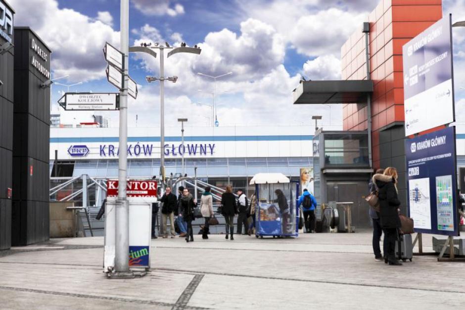 PKP: zmiany na dworcach kolejowych na Światowe Dni Młodzieży
