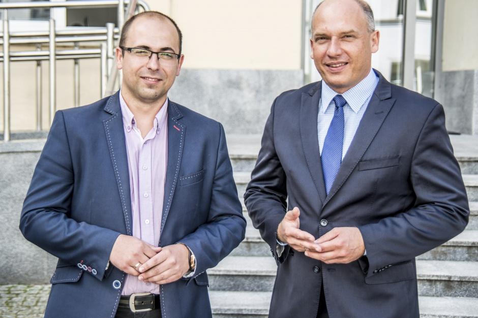 Łódź: radni PiS chcą zwolnienia miejskiego prawnika, bo miał związki z firmami od dopalaczy
