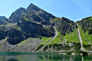 Pielgrzymi interesują się szlakami papieskimi w Tatrach