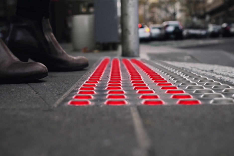 Smartfony a bezpieczeństwo drogowe w miastach
