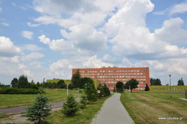 Gorzów Wielkopolski: Marszałek wykłada 4 mln zł na radioterapię