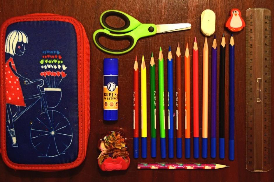 Wyprawka szkolna: Co i kiedy powinno się znaleźć w szkolnym plecaku?