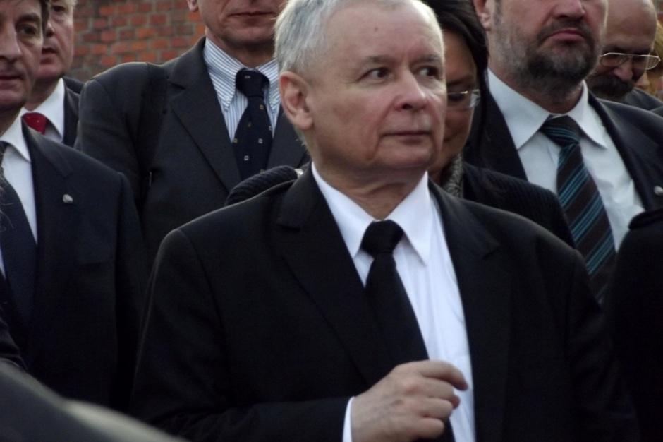 Warszawa: Tablice smoleńskie znikną. Konserwator zabytków wyda decyzję