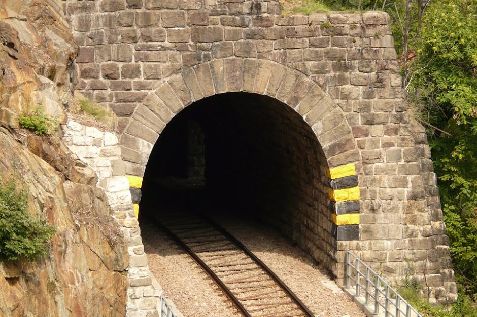 Dolnośląskie, złoty pociąg: Ruszyły poszukiwania  w okolicach linii kolejowej Wrocław-Wałbrzych