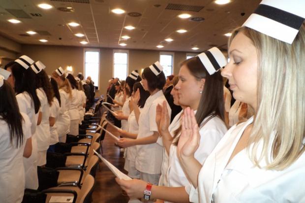 Powrotowi do kształcenia pielęgniarek w liceach i technikach mówią nie