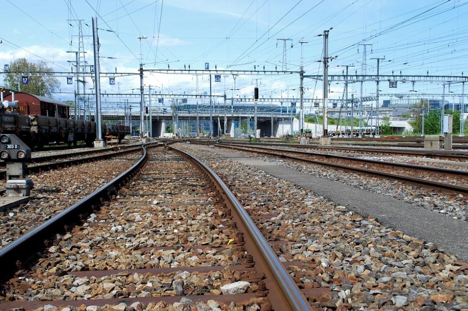 Polska wschodnia zyskuje lepsze połączenia kolejowe