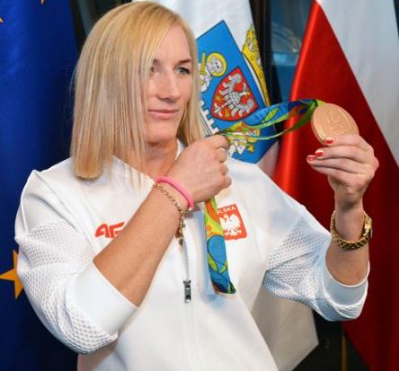 Zapaśniczka reprezentująca WKS Grunwald Poznań zdobyła ósmy dla Polski medal na Igrzyskach Olimpijskich w Rio (fot.poznan.pl)