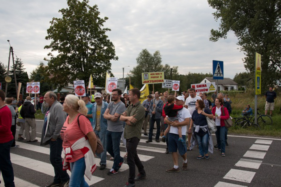 Protestujący przeciwko linii 400kV znów zablokują drogi