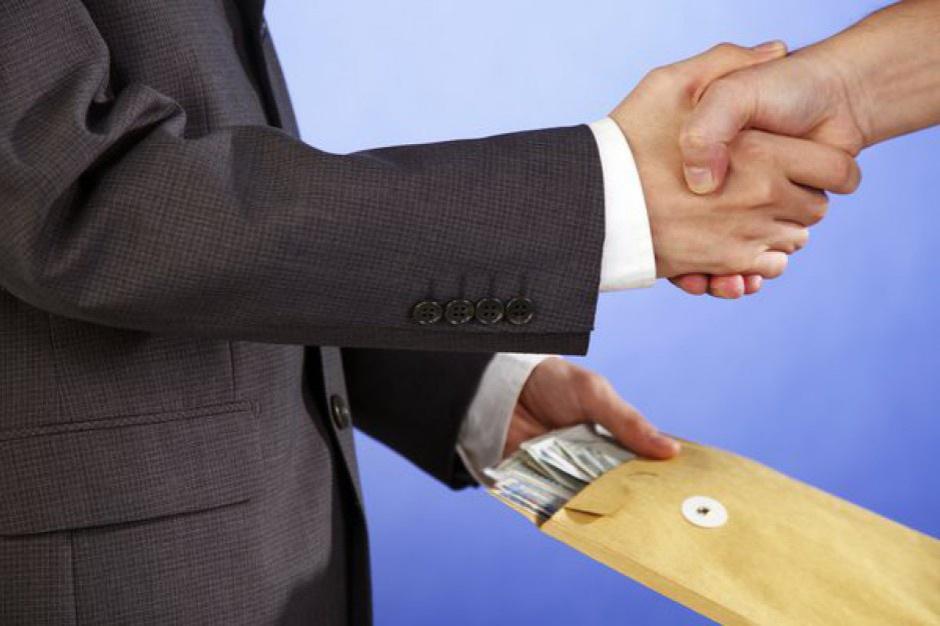 Rządowy Program Przeciwdziałania Korupcji: Duże opóźnienie i sporo błędów