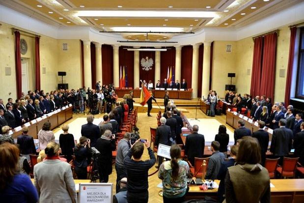 Warszawa, reprywatyzacja: Radni okazali się bezradni. Jeszcze gorzej jest na prowincji