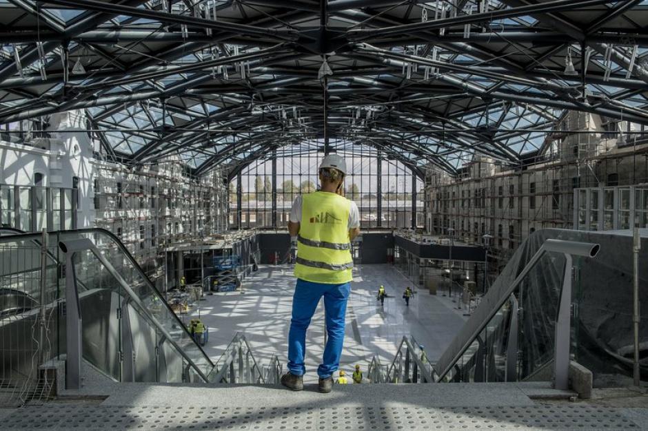 Łódź Fabryczna: Dworzec za 1,7 mld prawie gotowy