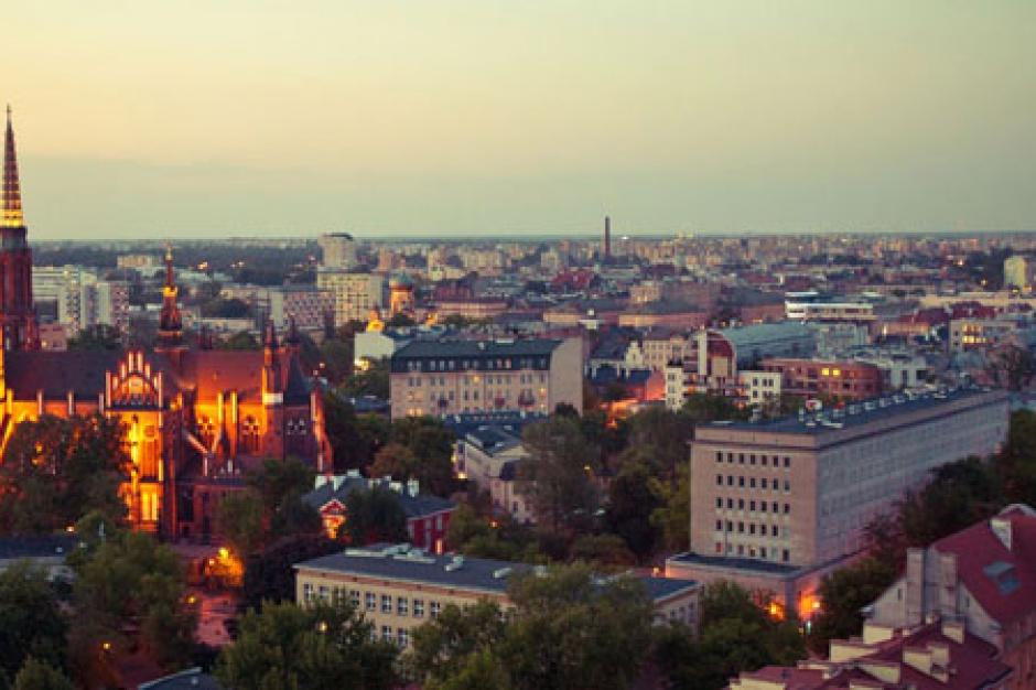 Reprywatyzacja: Burmistrzowie Śródmieścia i Pragi zgłaszają nieprawidłowości do prokuratury