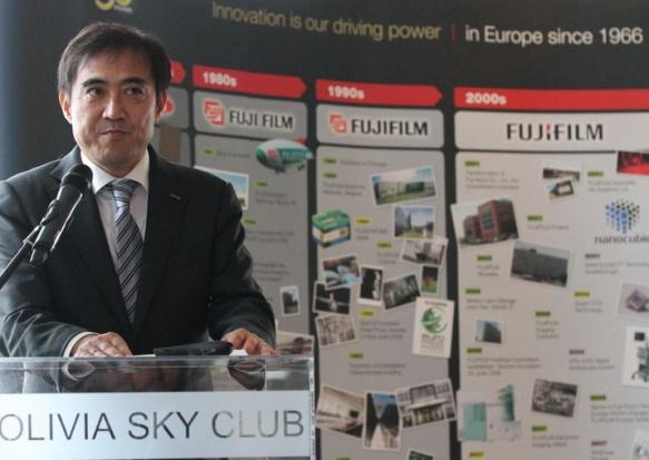 – Nowe centrum operacyjne wzmocni nasze ogólne wyniki w Europie i będzie wspierać dalszy rozwój - mówi Go Miyazaki, dyrektor zarządzający Fujifilm Europe. (fot.pomorskie.pol)