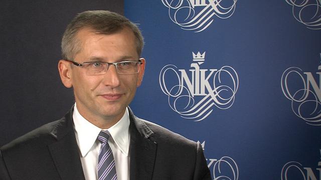 Wstępne analizy pokazują, że wciąż mamy do czynienia z niedostatkiem działań edukacyjnych, niską świadomością i brakiem koordynacji pomiędzy poszczególnymi programami na terenie szkoły - mówi prezes NIK Krzysztof Kwiatkowski (fot. nik.gov.pl)