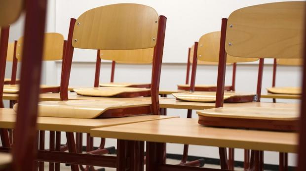 Badanie: dzieci poświęcają coraz więcej czasu na odrabianie lekcji w domu