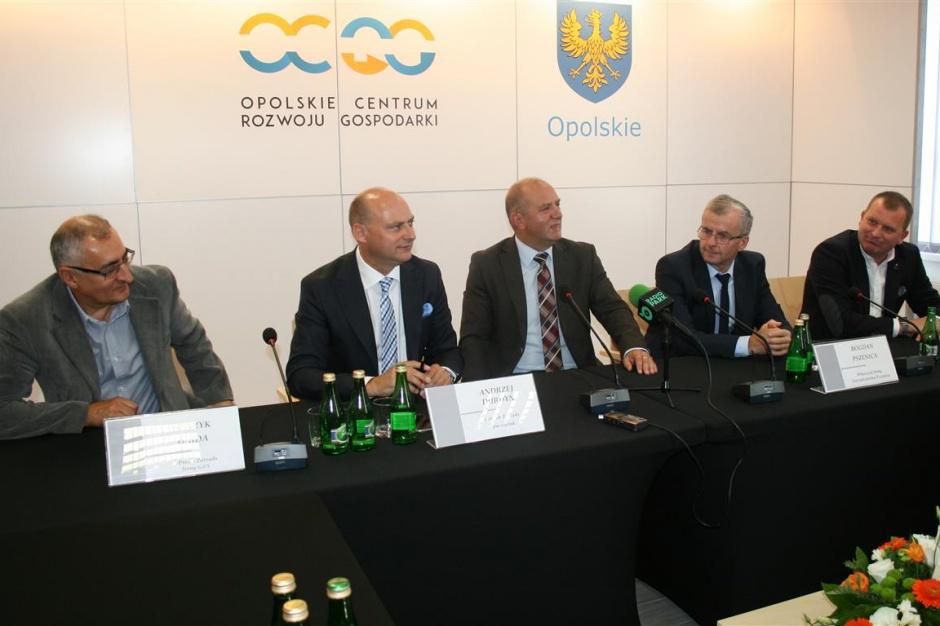 Opolskie, RPO 2014-2020: podpisano umowy na innowacje