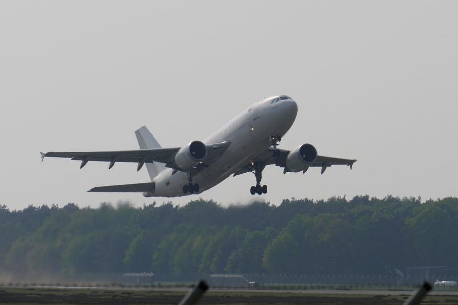 LOT chce wybudować lotnisko centralne